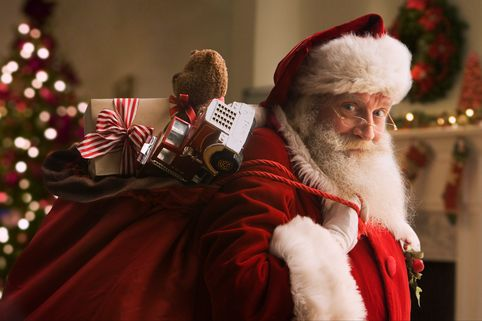 Do You Know the History Behind These Christmas Traditions? – Good ...